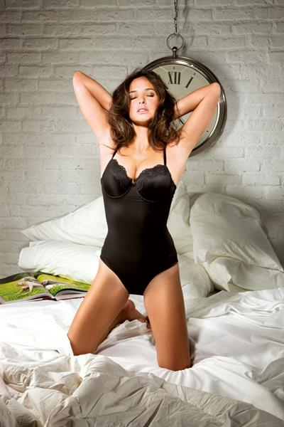 Paula Prendes in lingerie