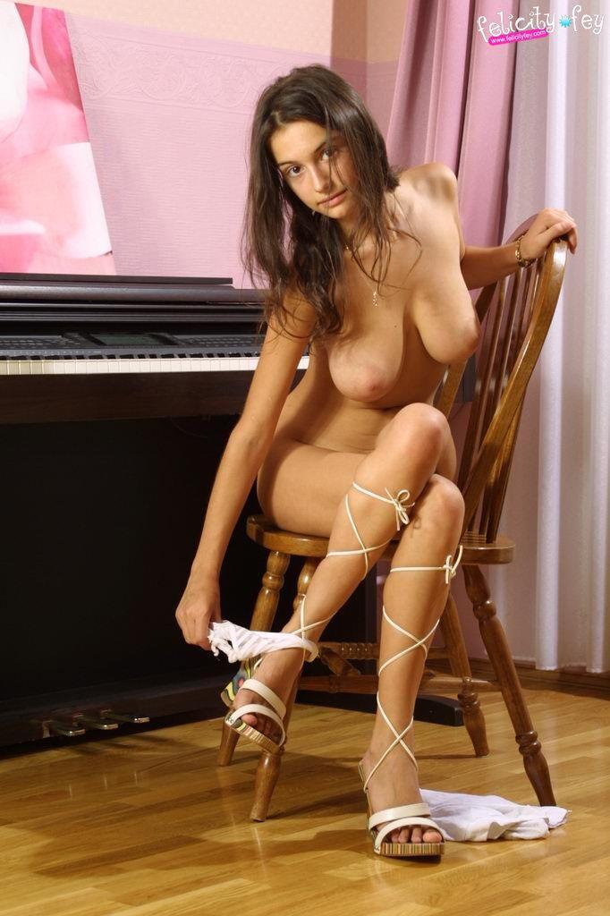Svetlana Pashchenko - breasts