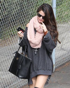 Selena Gomez arriving at a studio in LA 2/8/13