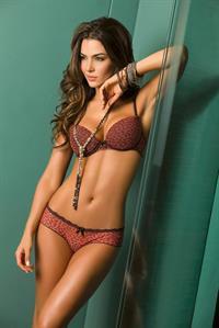 Natalia Vélez in lingerie