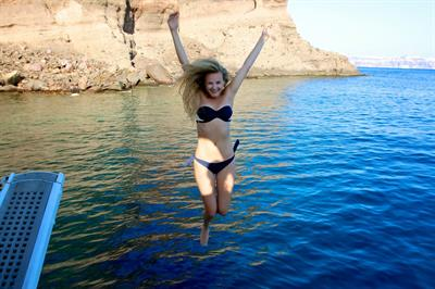 Niomi Smart in a bikini