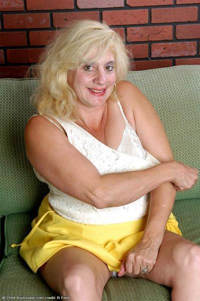 Belinda in lingerie