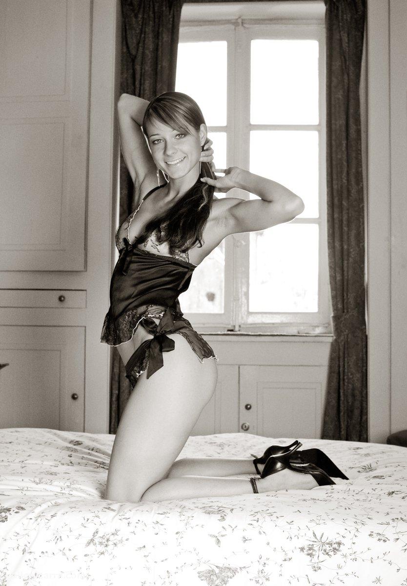 Melisa Mendiny in lingerie - breasts